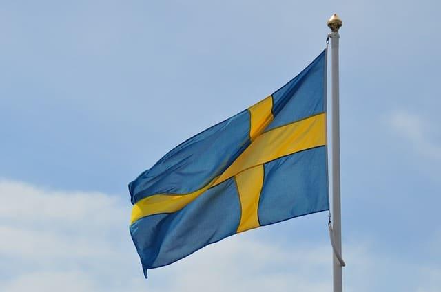 Sverigeland, låt oss ta en P A U S!